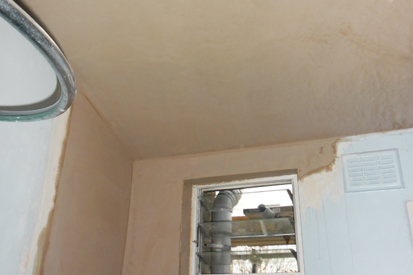 Plaster repairs Crouch End