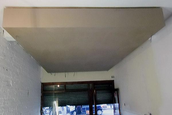 Plastering a false ceiling